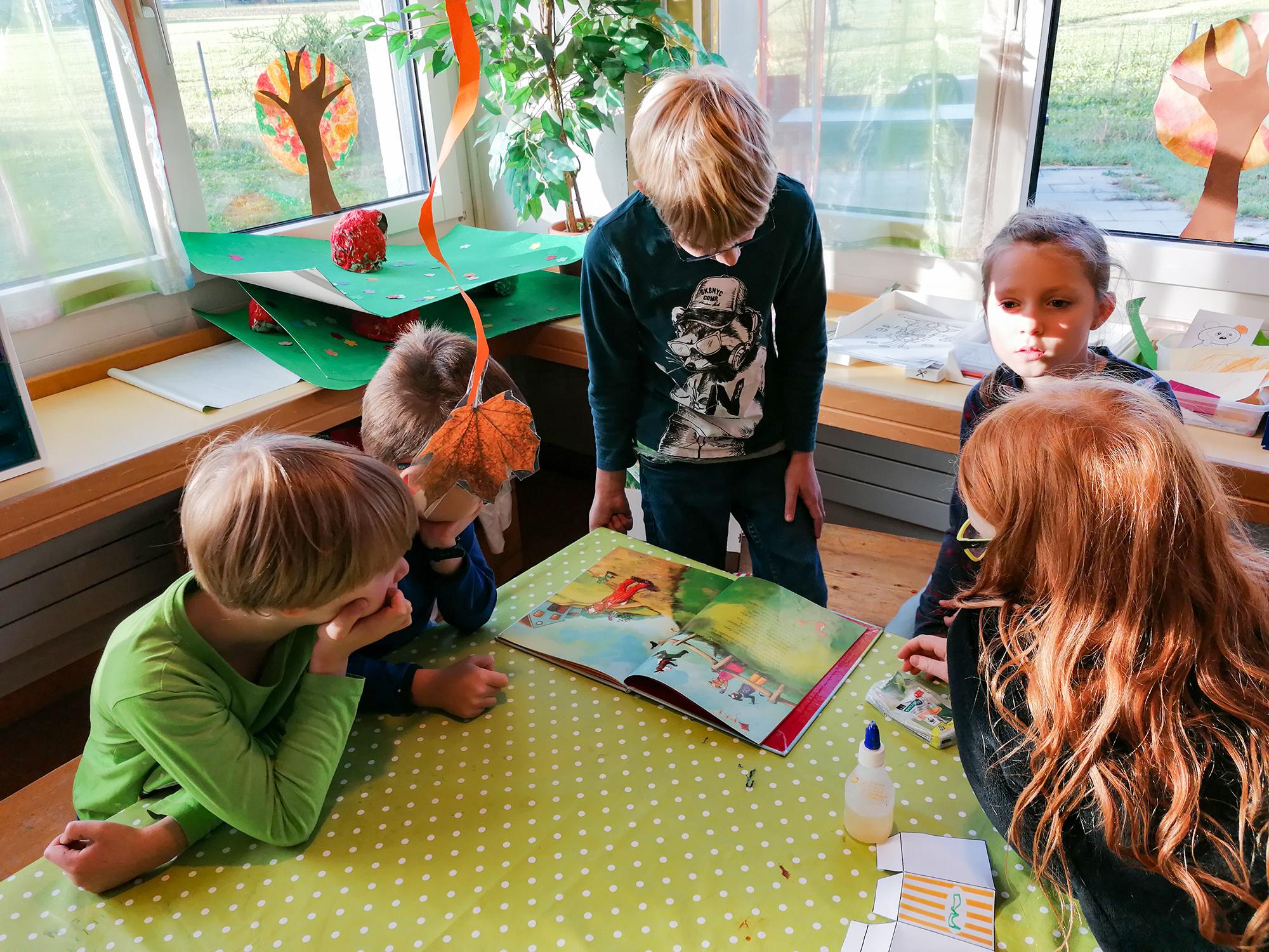 Buecher vorlesen im KIGA